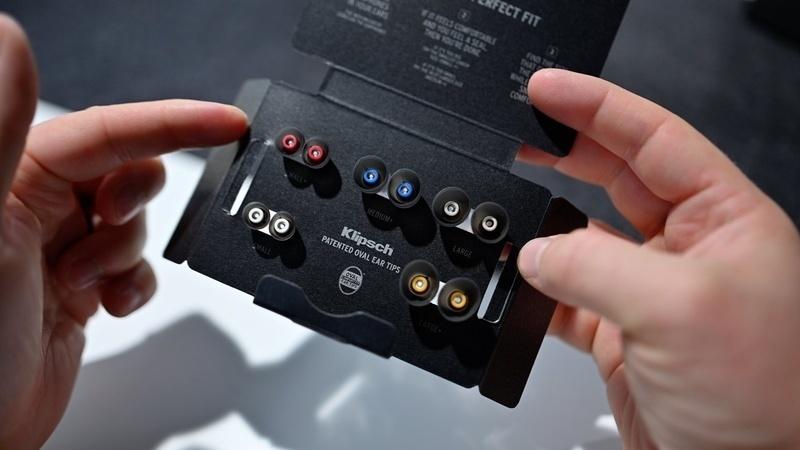 Klipsch T5 II True Wireless ANC: Hấp dẫn hơn với công nghệ tối ưu âm thanh Dirac HD Sound