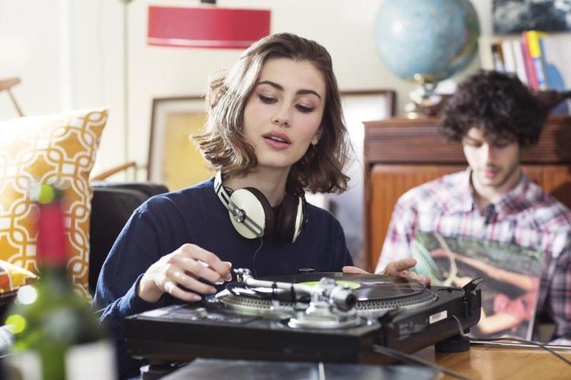 Đĩa vinyl tiếp tục trên đà thắng thế trong năm 2021